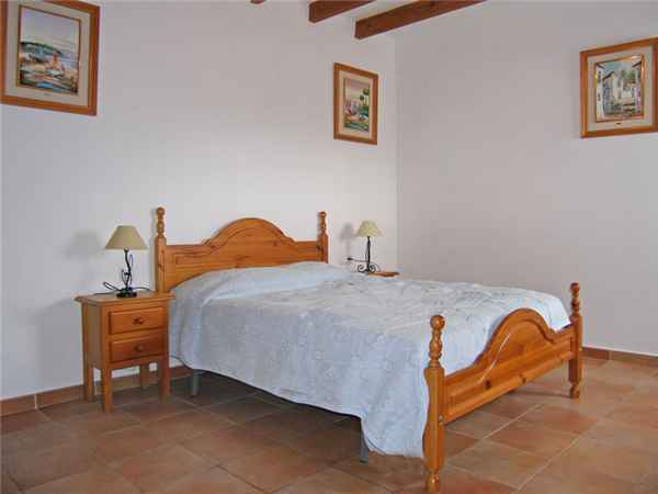 Holiday rental beatiful country villa with private pool for Master bedroom downstairs
